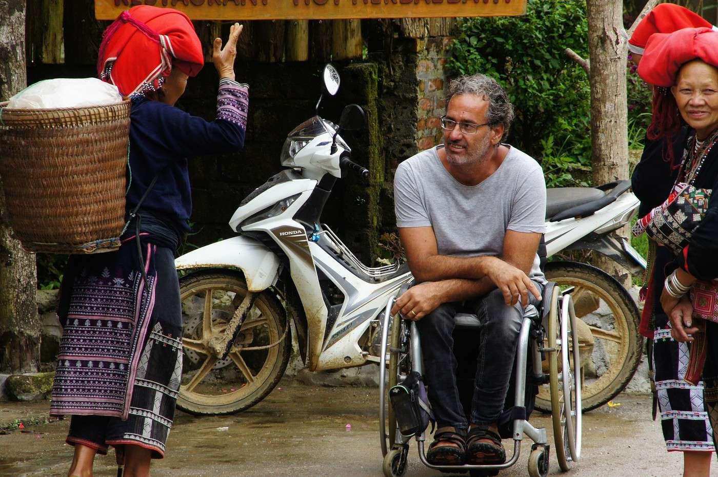 Accueil. Sachez aussi que le fauteuil roulant est un merveilleux atout pour faire des rencontres amicales.