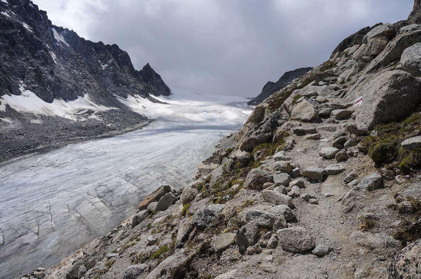 La haute route p destre des alpes for Haute route des alpes