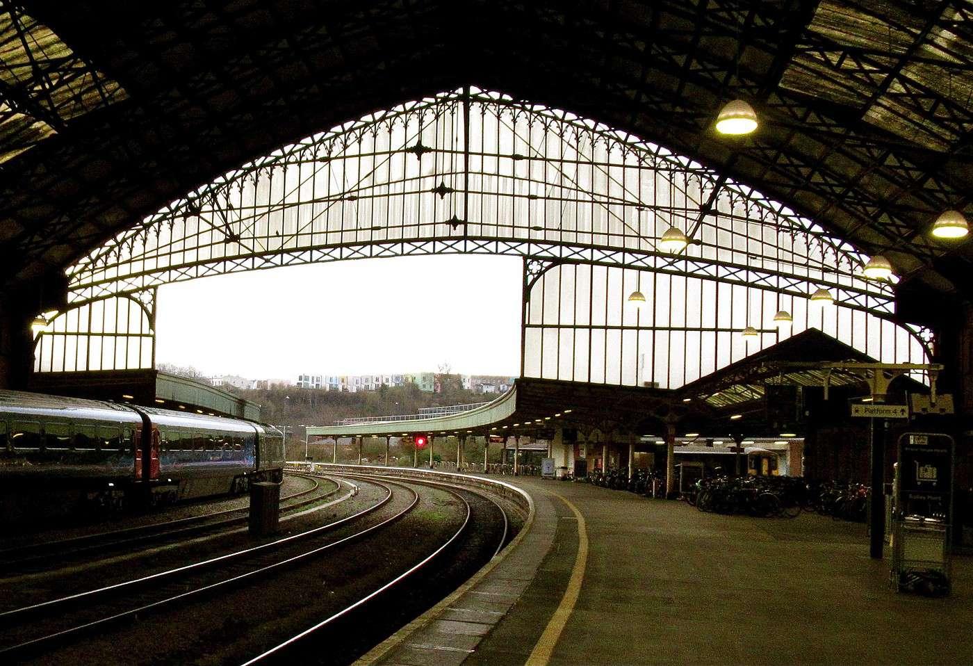 Bristol en ligne datant
