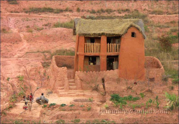 Architectures et habitations du monde page 2 for Habitations du monde