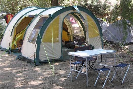 comment choisir une tente de camping page 3. Black Bedroom Furniture Sets. Home Design Ideas
